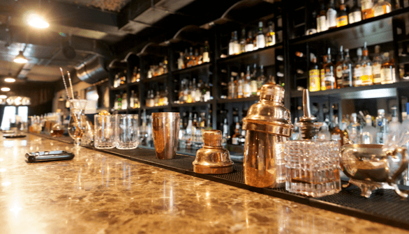 Best Bars and Pubs in Ormond Beach - bar scene