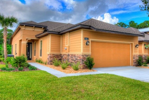 Florida Townhomes Offer Lock and Leave Convenience - arbor