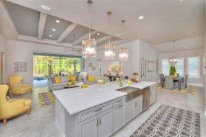 Kitchen in Costa Mesa